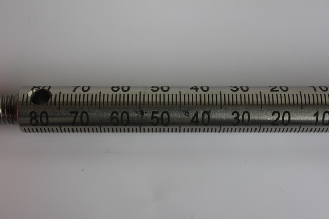 Tiefe-Lasergravur mit dem skylaser MARK auf einer Stahl