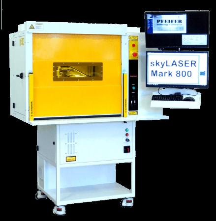 Laserbeschrifter skyLASER Mark 800 mit 800 mm breiter Fronttür